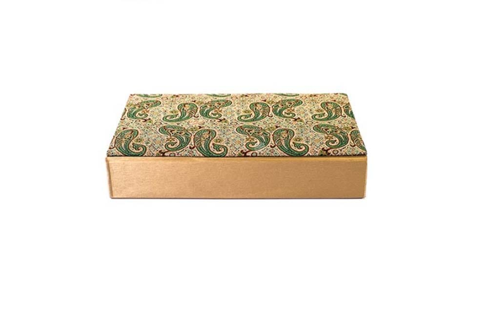 A box decorated with Termeh, product of Yazd